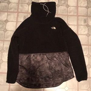 North face black fleece sweater